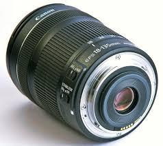 Об'єктив Canon EF-S 18-135mm F/3.5-5.6 STM IS – еволюція розвитку.
