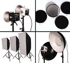 Яке світло обрати для роботи в студії: імпульсне чи постійне світло?